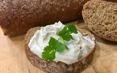 Two Types of Super-Easy Cashew Cream Cheese